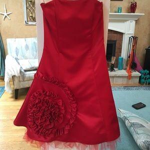 Boutique Red strapless dress sz 3/4